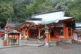 熊野三大社の中では最も美しいかも?