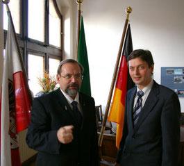 Besuch des CDU- Bügermeisterkandidaten Harald Lenßen beim Oberbürgermeister von Duisburg, Herrn Adolf Sauerland.