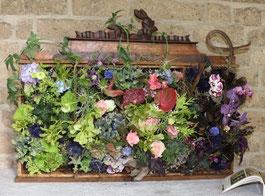 Im Brunnengarten von St. Margareta werden auch in diesem Jahr wieder viele florale Kunstwerke zu bewundern sein. (Foto: Angelika Fröhling)