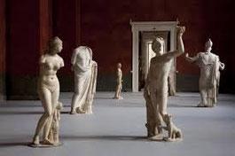 Kunstwerke aus der ganzen Welt sind zu sehen