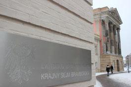 Landtag Brandenburg (Foto: Julian Nitzsche / pixelio.de)