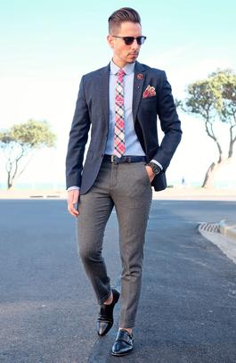 Stecktuch, Krawatte, Einstecknadel, Manschettenknöpfe,... alles für den Mann! Quelle @ pixabay