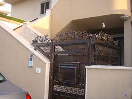 Entrée de la synagogue au 20Exodus