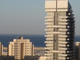 Au 6ème étage du grand immeuble