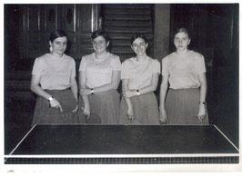 Equip femeni 1974