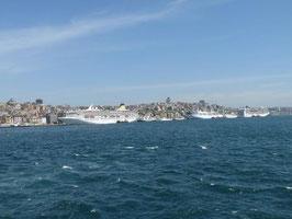 Ueber den Bosporus nach Asien