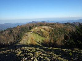 標高2000m付近 雲取山山頂から石尾根
