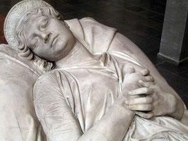 ルイーゼ王妃の彫像