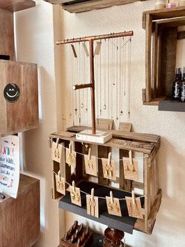 Frau Fischer Bamberg - ein toller Laden mit Produkten von Designern und Kreativen aus der Region. Hier verkauft Sabrina Strauss auch handgemachten Schmuck von Majuki.