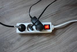 Abschlatbare Steckdosenleiste mit 3 Steckern, Licht leuchtet