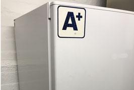 Ausschnitt Kühlschrank mit Aufkleber: Energieeffizienzklasse A+