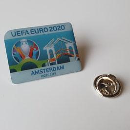 Custom Made Pins laten maken
