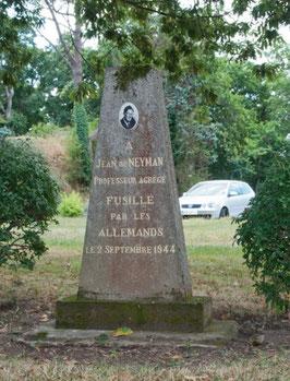 Monument en l'honneur de Jean De NEYMAN au château de Heinlex