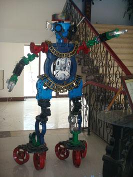 大連の鋳物工場で生まれたウルトラマン!?国際市場に対応する品質と遊び心を兼備!