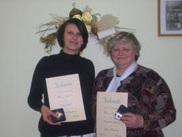 Für 20- jähritge treue Mitgliedschaft bekamen Julia Paulick, Rosemarie Kiwitz, Henry Zeidler (abwesend) das Ehrenkreuz in Silber sowie eine Ehrenmedaille