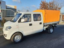Benzin Kleintransporter mit Doppelkabine