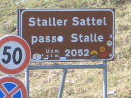 Die Straße über den Staller Sattel verbindet das Antholzertal in Südtirol mit dem Defreggental in Osttirol.