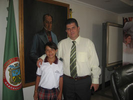 EN COMPAÑIA DEL SEÑOR GOBERNADOR DE RISARALDA  VICTOR MANUEL TAMAYO