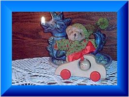 Geschenke, die Fynny schon vor seiner Geburt bekam. Sein erster Teddy von Papa und sein erstes Auto von seiner Patentante Tanja.