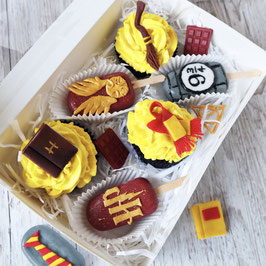 Harry Potter Cakesicles und Cupcakes