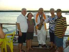 Os amados Irmãos e as cunhadas testemunharam a apresentação do Jurandi do Sax na Praia do Jacaré em uma tarde linda de sol na Capital da Paz, joão Pessoa, PB.