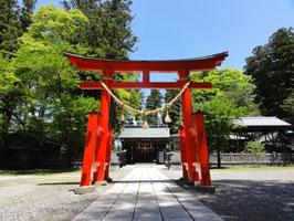 筑摩神社(長野県松本市) 信濃源氏や義仲が信仰したという。