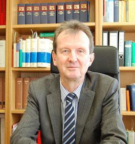 Rechtsanwalt & Notar Peter Kuntz