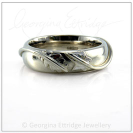 Oak & Ivy Ring