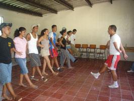 Taller de Folklore y Danzas