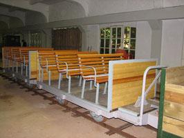 Die Krupp-Sitzwagen im Lokschuppen