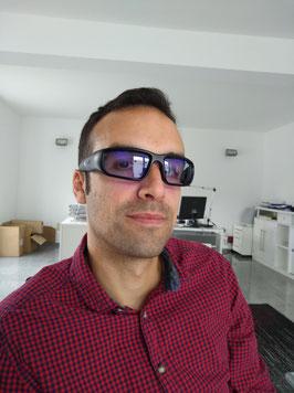 Armin Tank von Nomadperformance mit Propeaq Brille