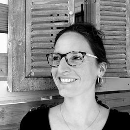 """Emilie jimise Linhard """"avec presque rien"""" Artisane- Créatrice/DécoratriceCréation de meuble, relooking de mobilier, animatrice d'atelier déco, coach déco, home staging, Sciez, thonon, leman, chablais, avec presque rien, pièce unique, recyclage"""
