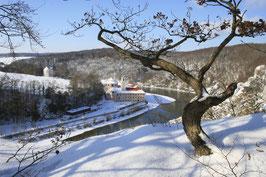 Das Kloster Weltenburg bei Kelheim liegt direkt an der Donau und ist auch im Winter ein schönes Ausflugsziel.