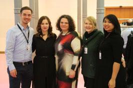 Wundercurves Teammitglieder Stephan, Christin, Natalia, Nane und Tiff (v.l.n.r.) auf der Curvy 2016 in Berlin