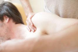 Hand-Techniken verbinden Osteopathie und Manuelle Medizin