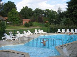 camping piscine puy du fou