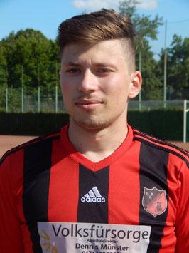 Adrian Reiß traf doppelt und untermauerte seine starke Form.
