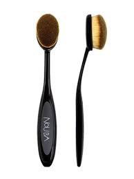 Nouba Oval Brush für die perfekte Grundierung oder Contouring