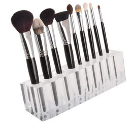 Brush Display BLK109