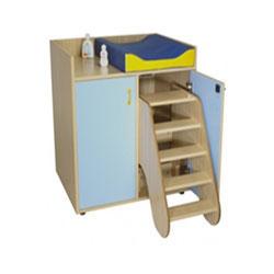 Mueble cambiador con 2 puertas