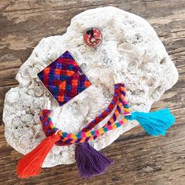 Armband cuadro aus Mexiko (handmade, Pom pom lila, orange)