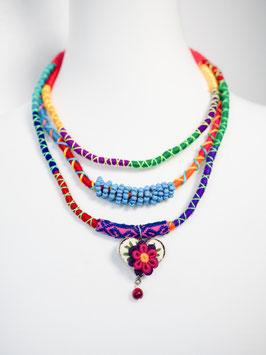 Bunte Multi-Halskette mit Herz-Anhänger (blau2)