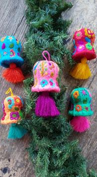 Weihnachtsglocke bestickt aus Mexiko