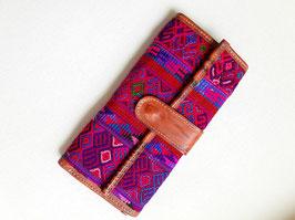 Geldbörse mit Maya-Stickerei (pink-lila) aus Mexiko (Leder)