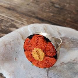 Ring rund bestickt schwarz-orange aus Mexiko (handmade)