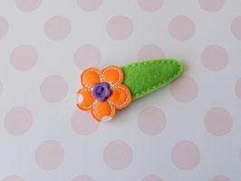 Haarspange mit Blumen grün