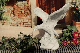 Adler mit ausgebreiteten Flügeln - Art. 130