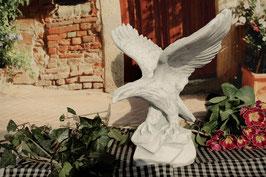 Adler mit ausgebreiteten Flügeln - Art. 128