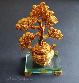 Денежное дерево в золотом слитке