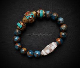 6-глазый Дзи тибетский, азурит, бронзовые бусины с инкрустацией